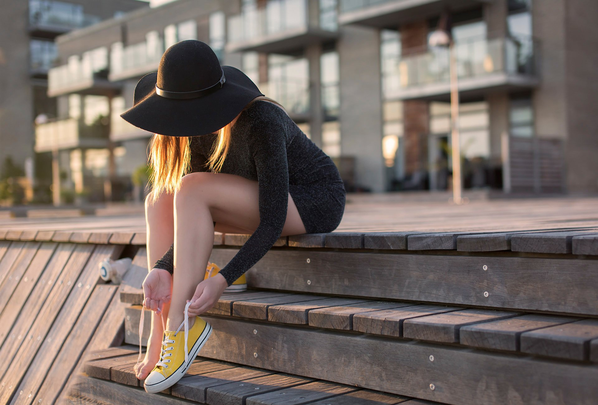 yellow shoes girl shoes laces feet hat a step town anders hansen