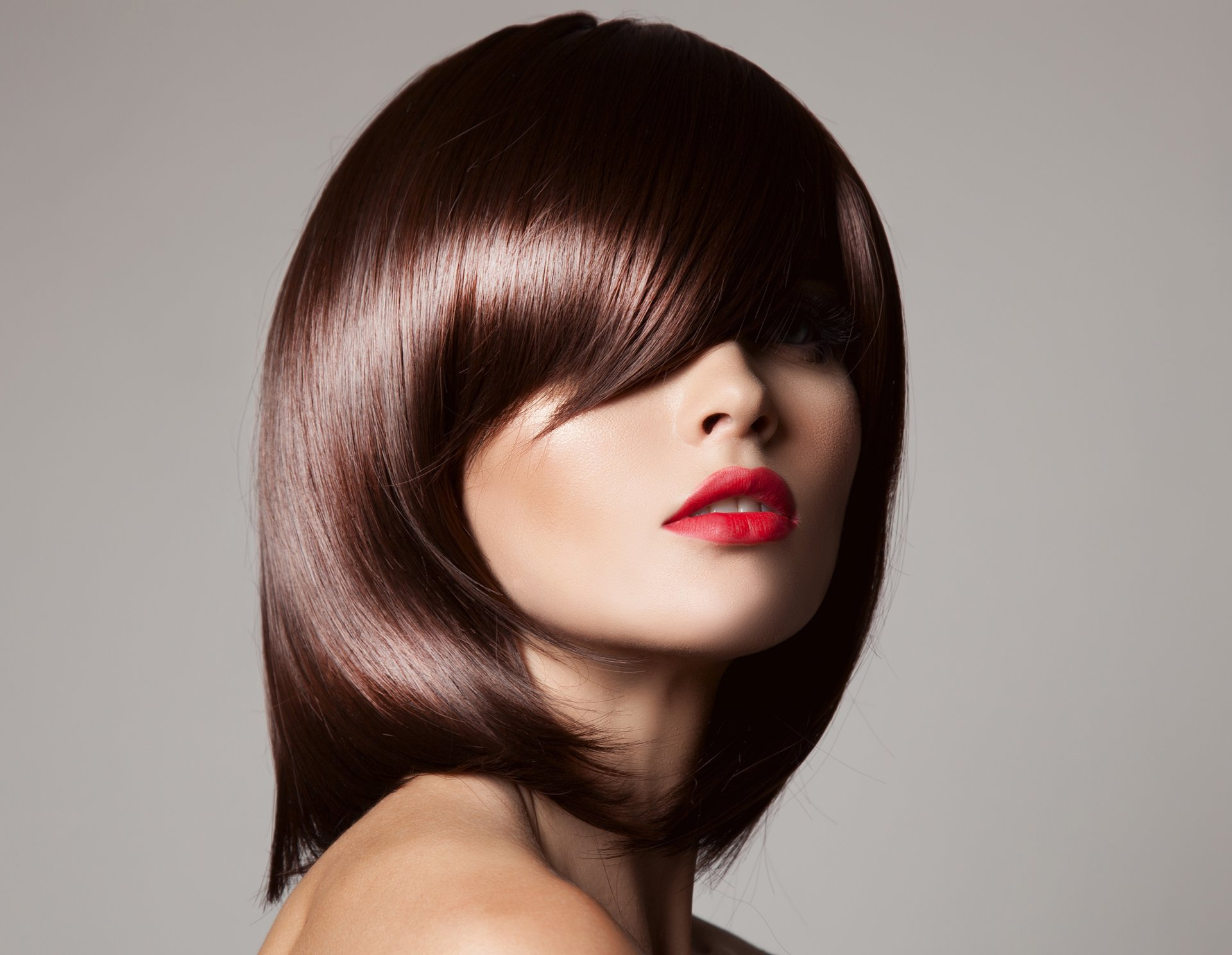 model girl haircut hair make-up background