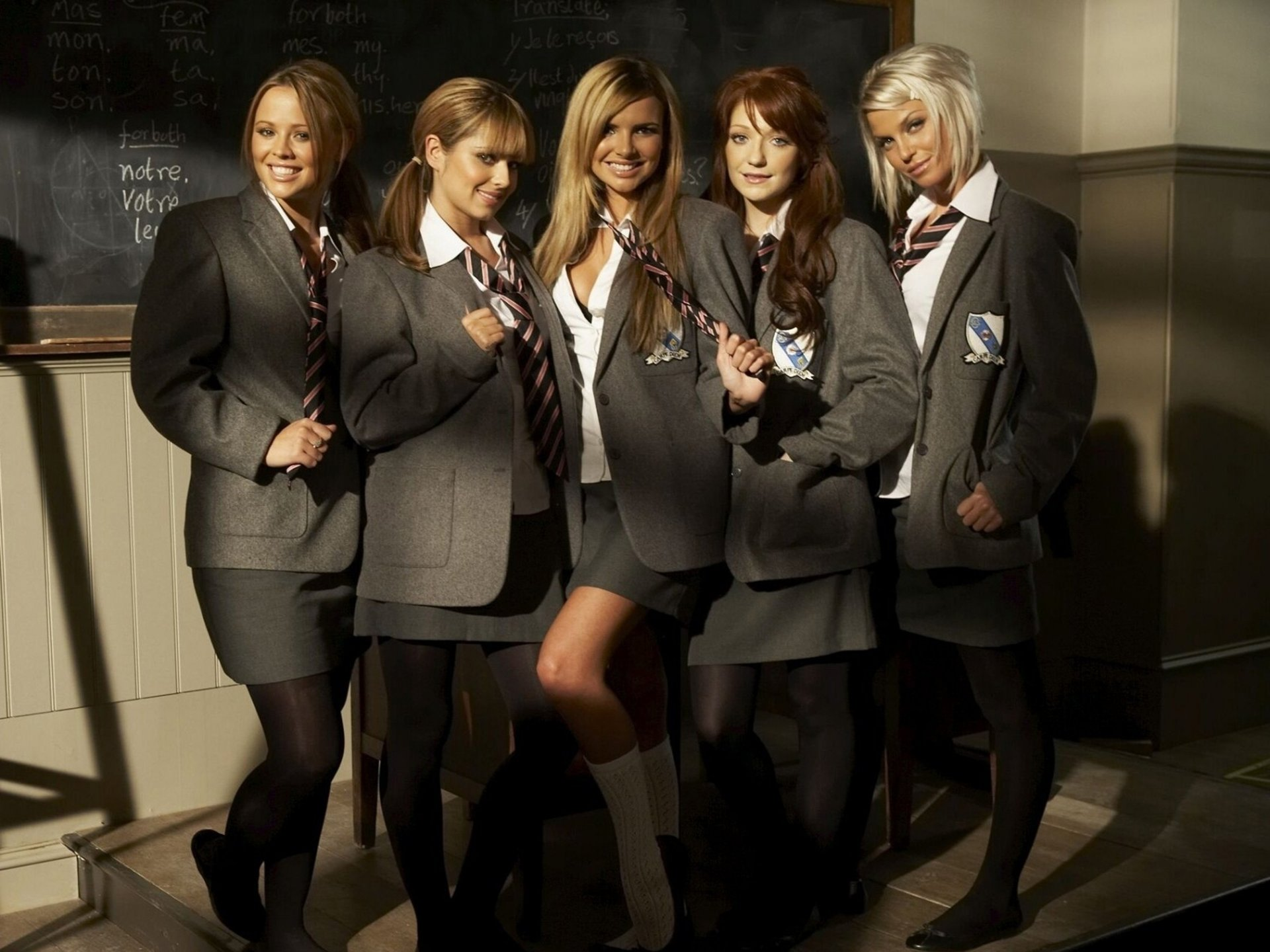 girls aloud board uk pop band form girls smile school schoolgirl